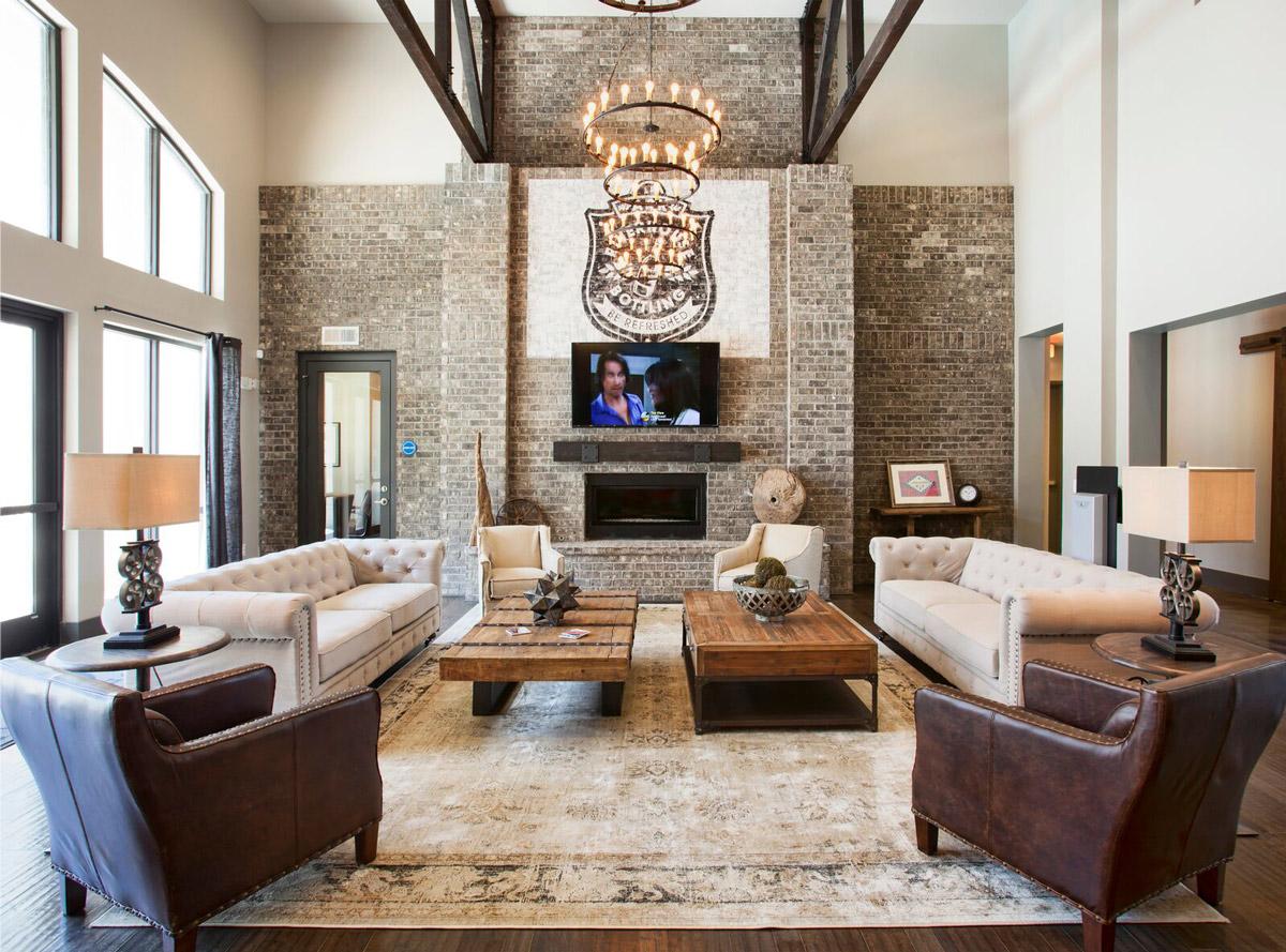 Stylish Interiors at Riverhouse Apartments in Little Rock, Arkansas