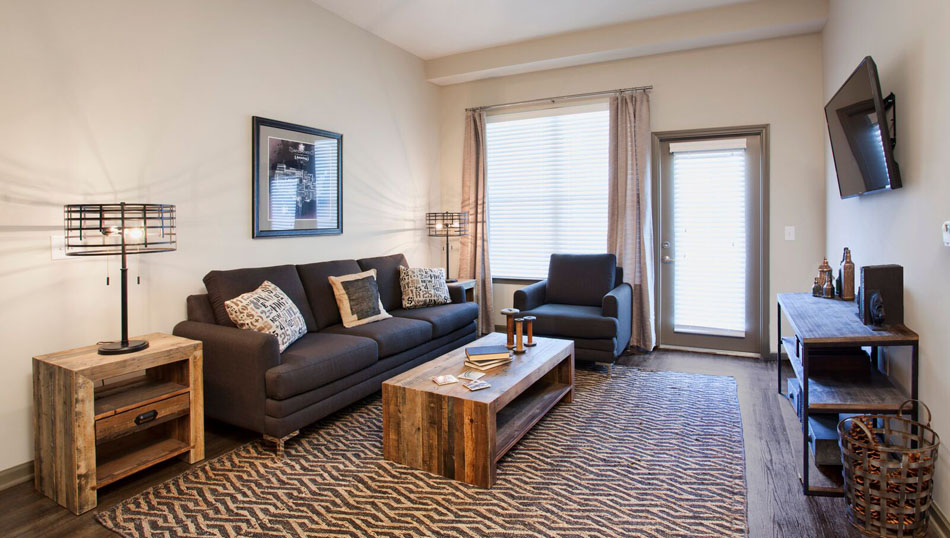 Open Living Spaces at Riverhouse Apartments in Little Rock, Arkansas
