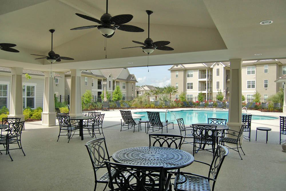 Shaded Seating Area at RiverScape Apartments in Shreveport, Louisiana