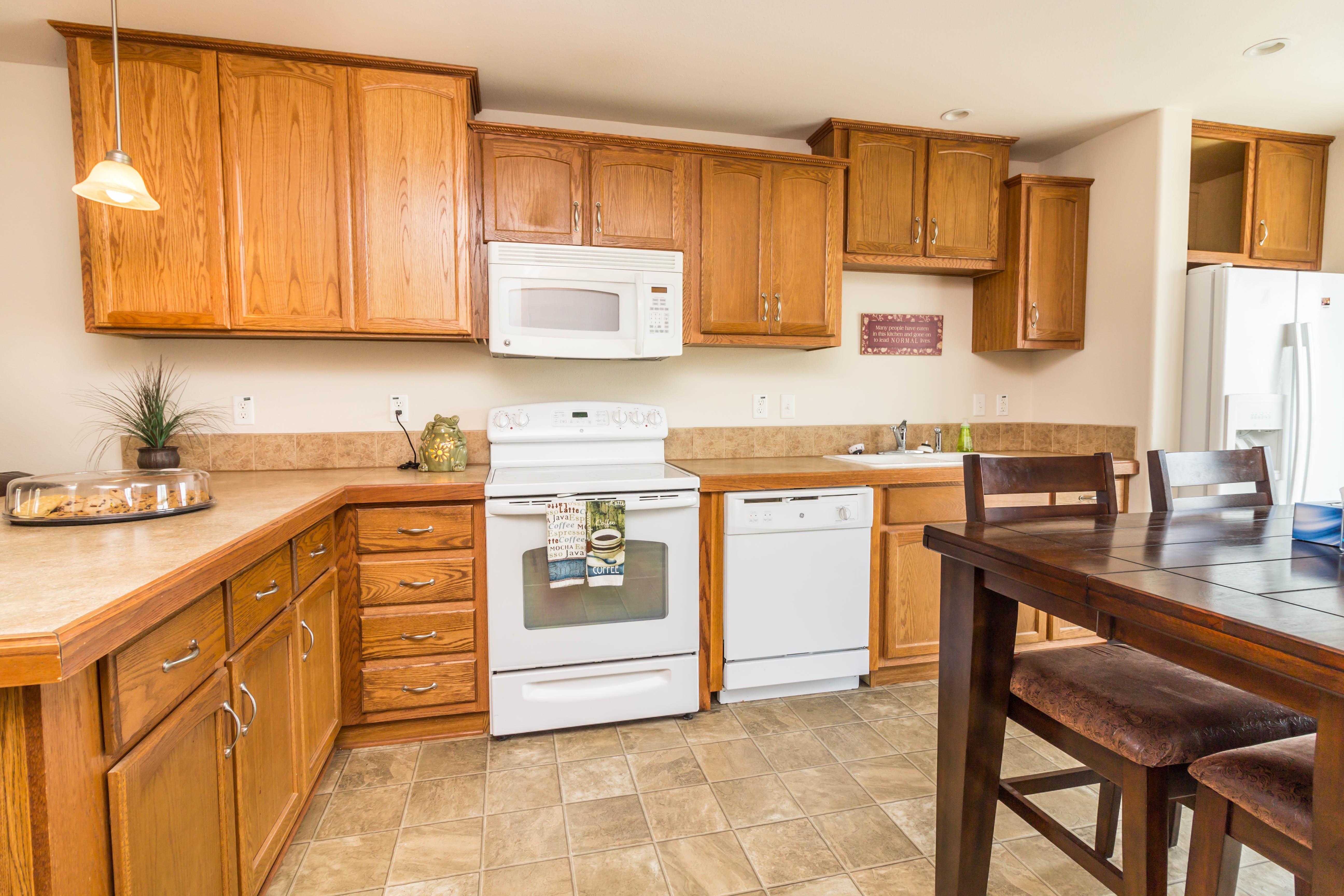 River Trail Apartments - Floorplan - Red Suites