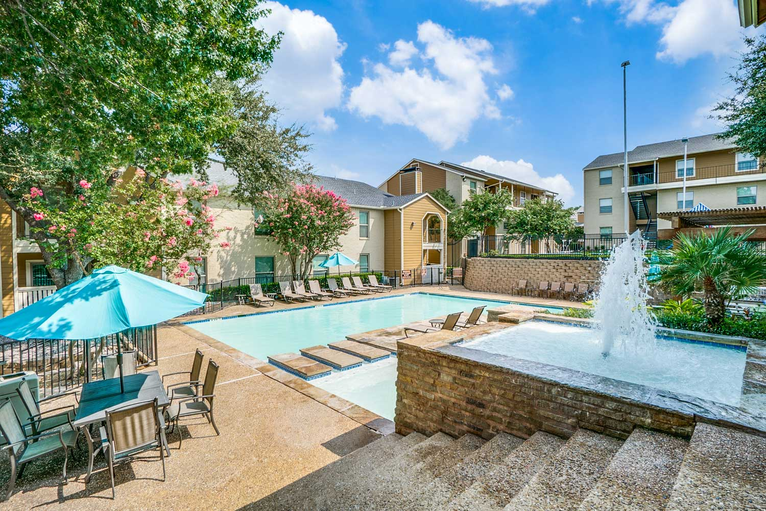Outdoor Swimming Pool at Riviera Apartments in Dallas, Texas
