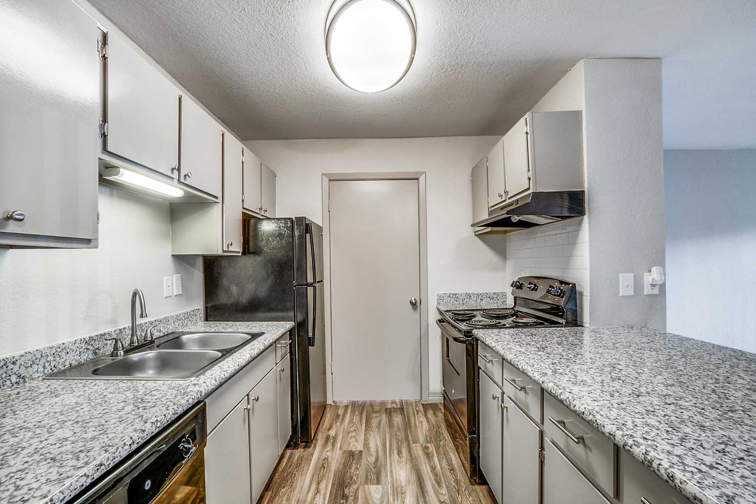 Fully equip Kitchen at Riviera Apartments in Dallas, Texas