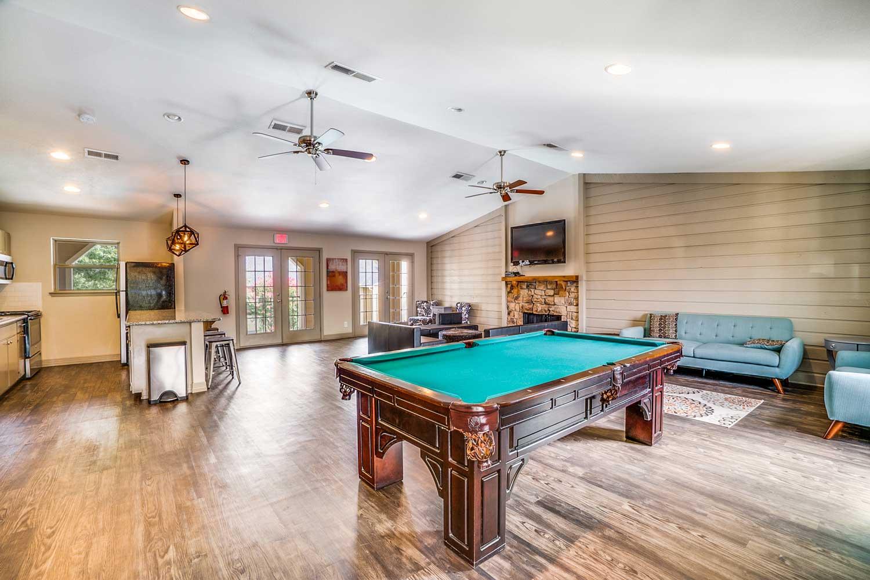 Amenities at Riviera Apartments in Dallas, Texas