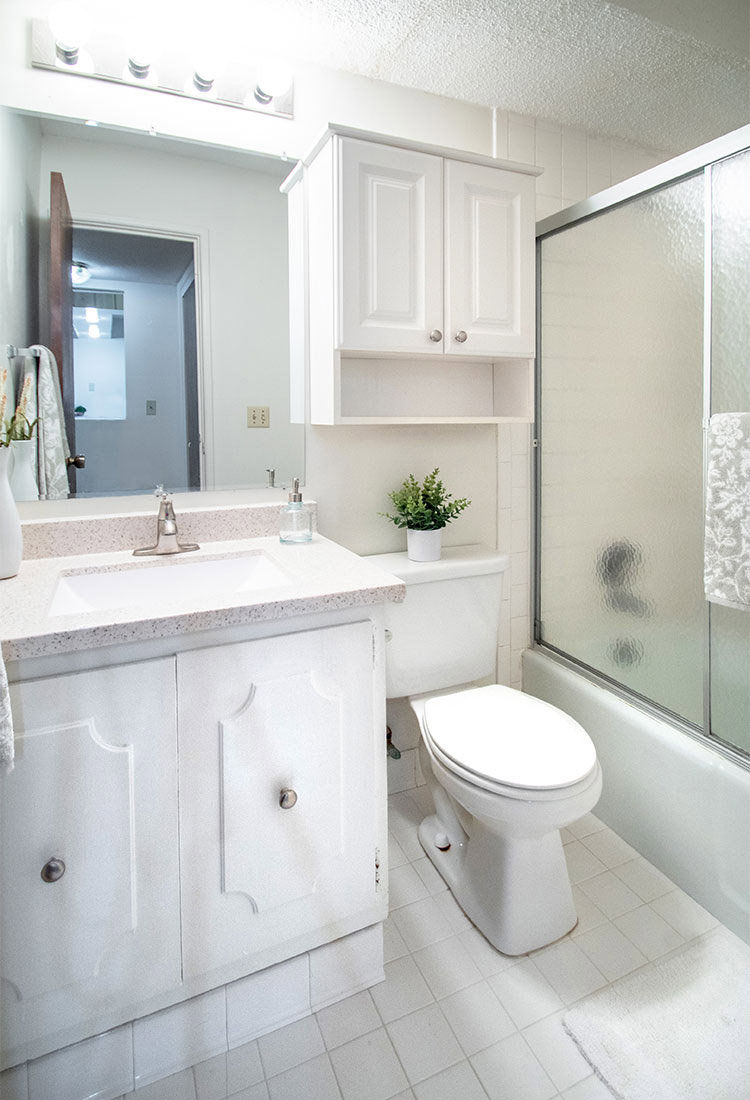 Bathroom at Pinehill Park Apartments in Bellevue, NE