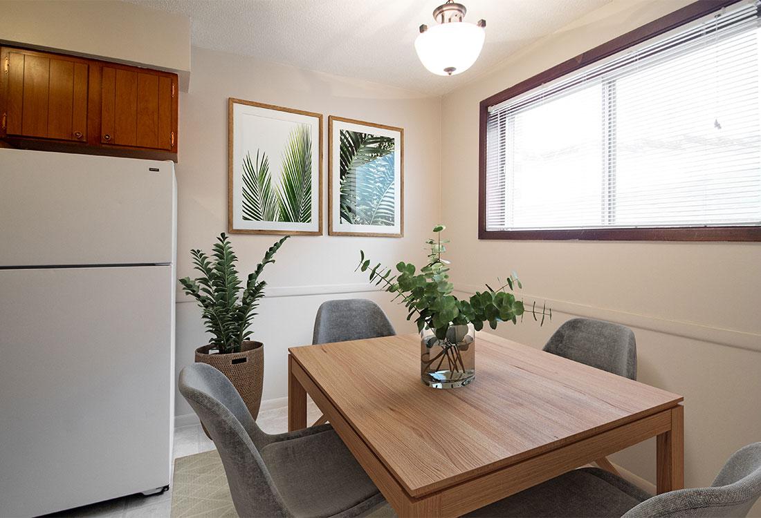In-Kitchen Dining at Royal Oaks Apartments in Bellevue, NE