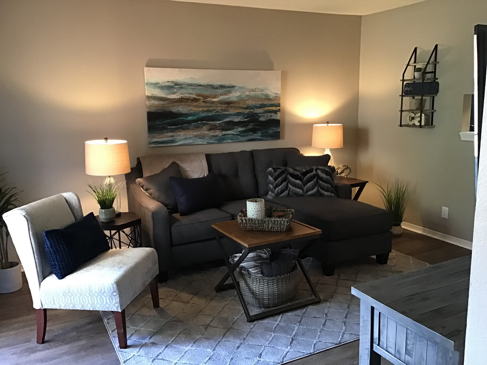 Living Area at Rustic Woods Apartments in Tulsa, Oklahoma