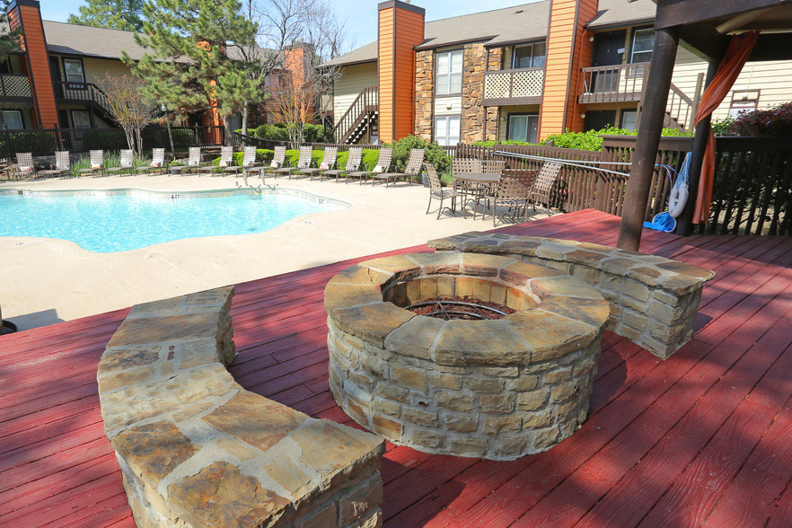 Outdoor Fire Pits at Rustic Woods Apartments in Tulsa, Oklahoma