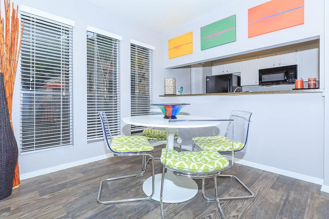 Dining Area at Salado Crossing Apartment Homes in San Antonio, TX