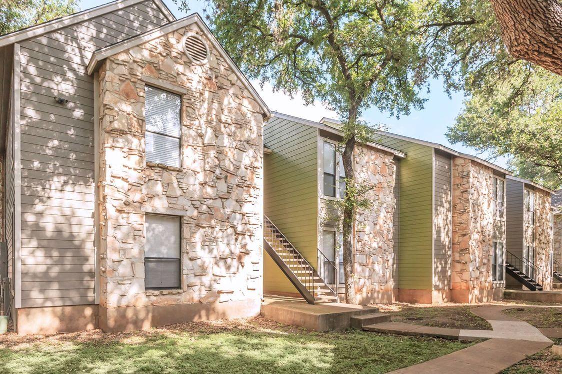 Easy Access to Walking Trails at Salado Crossing Apartment Homes in San Antonio, TX
