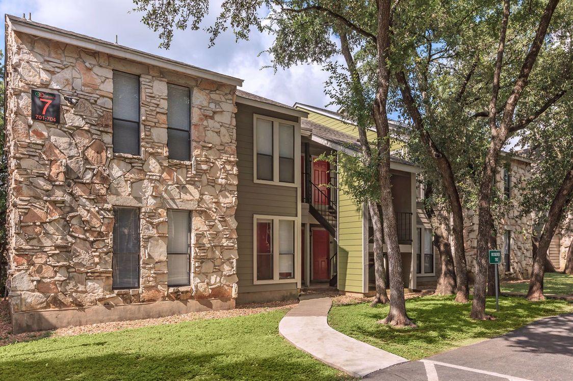 Green Spaces at Salado Crossing Apartment Homes in San Antonio, TX