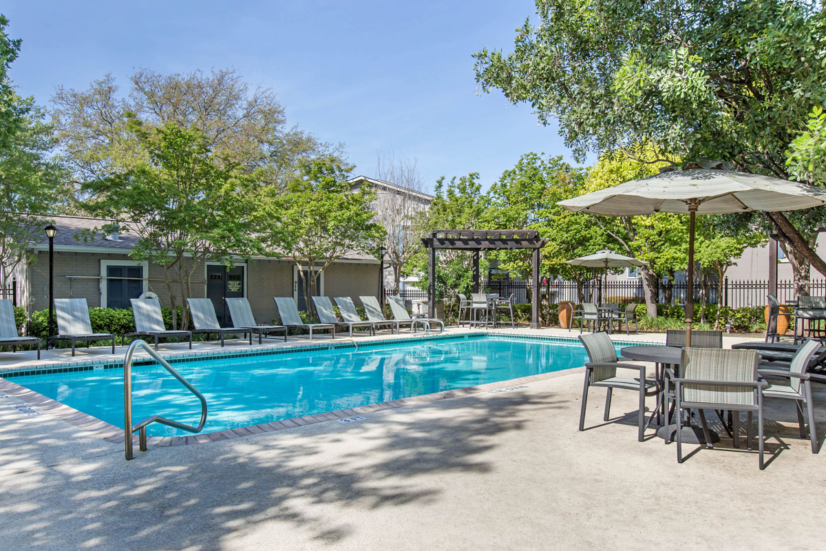 Pool with Lounge Area at Sapphire Apartments in San Antonio, Texas
