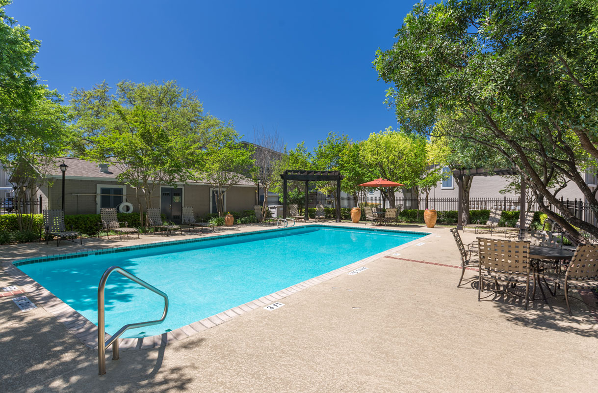 Budget-Friendly Apartments for Rent at Sapphire Apartments in San Antonio, Texas