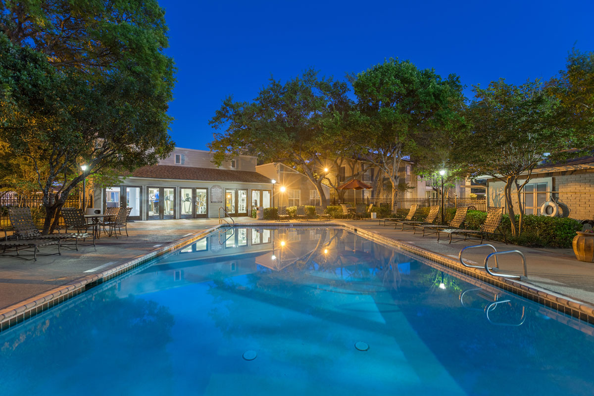 Swimming Pool at Night at Sapphire Apartments in San Antonio, Texas