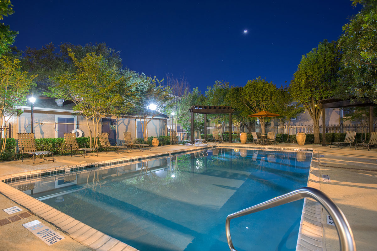 Well Maintained Community at Sapphire Apartments in San Antonio, Texas