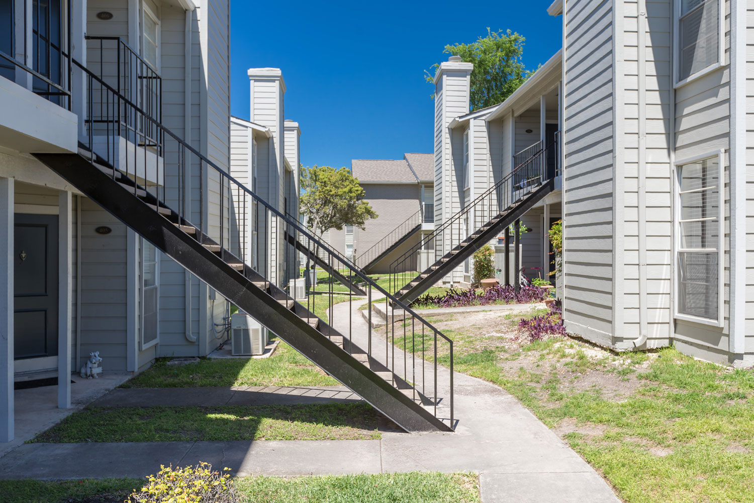 One and Two-Bedroom Floor Plans at Sapphire Apartments in San Antonio, Texas