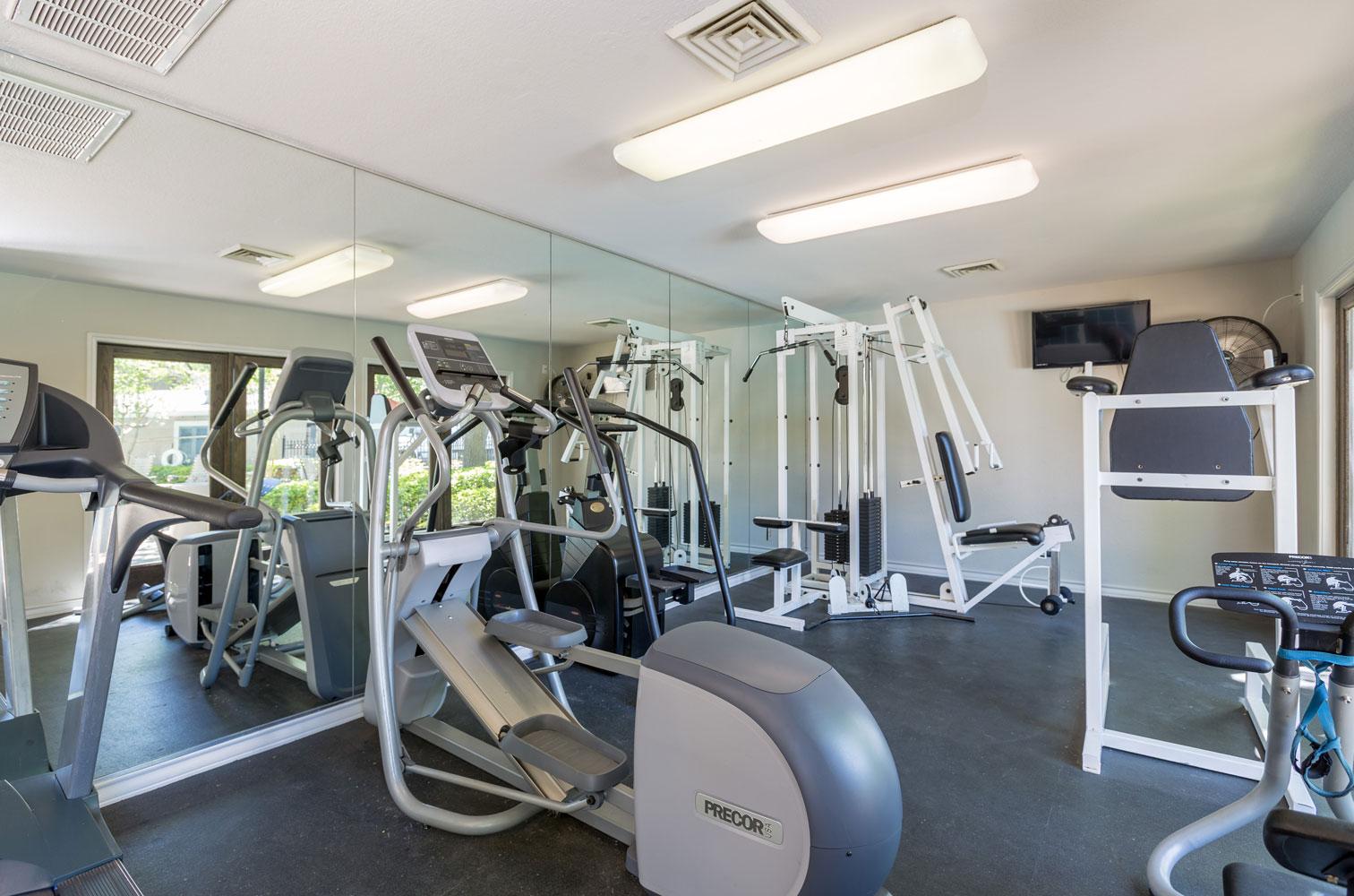 Gym Equipment at Sapphire Apartments in San Antonio, Texas