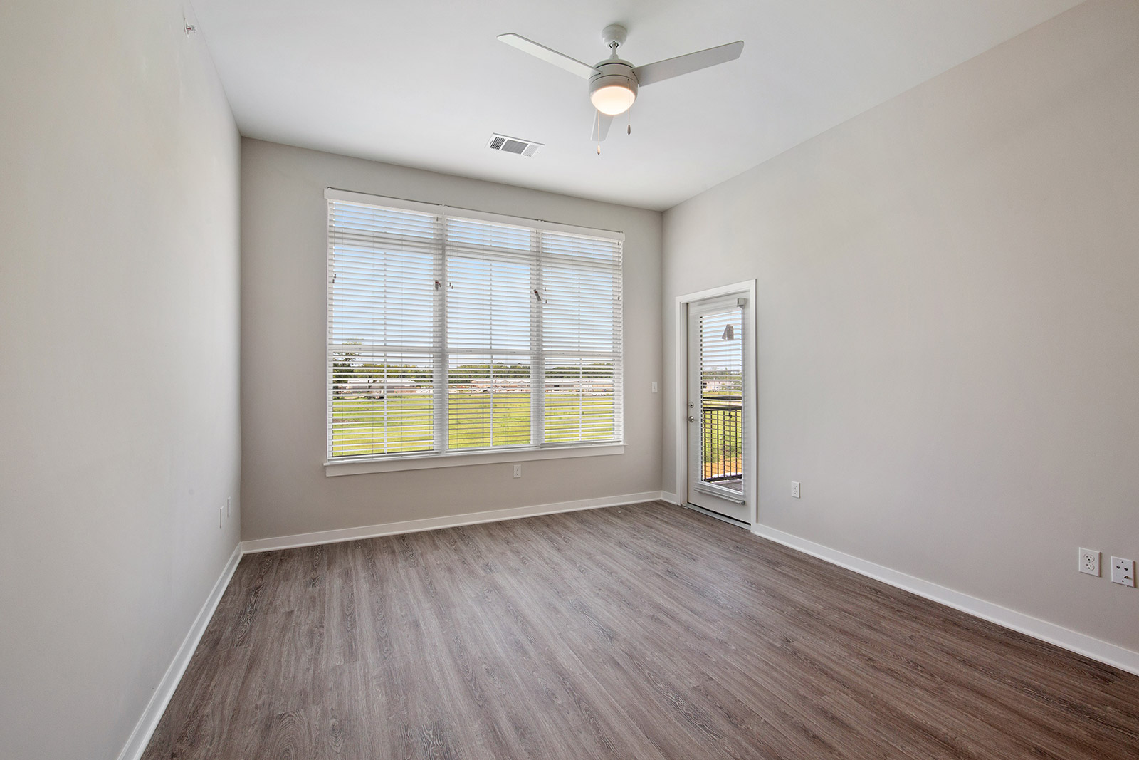 Open Floor Plans at Sawgrass Point in Gonzales, Louisiana