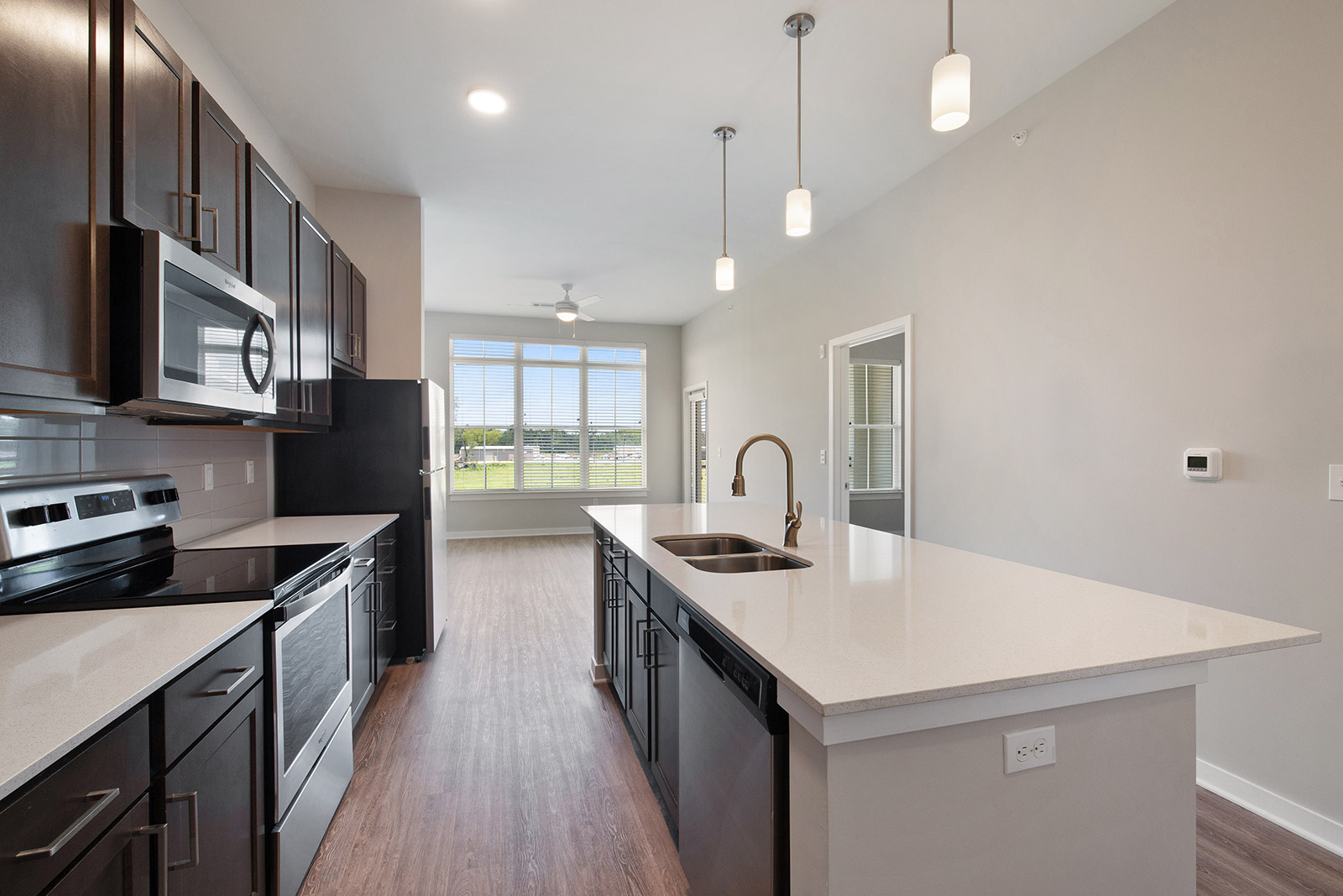 Fully Equipped Kitchens at Sawgrass Point in Gonzales, Louisiana