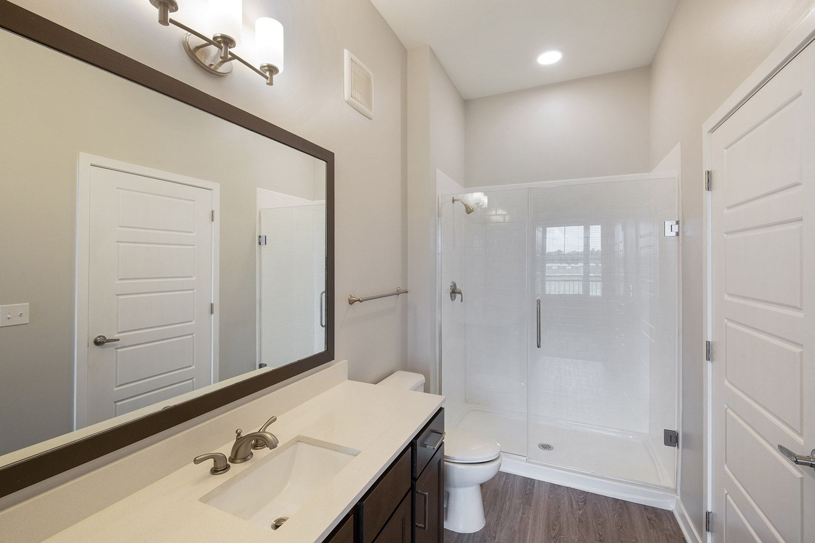 Bathroom Interior at Sawgrass Point in Gonzales, Louisiana