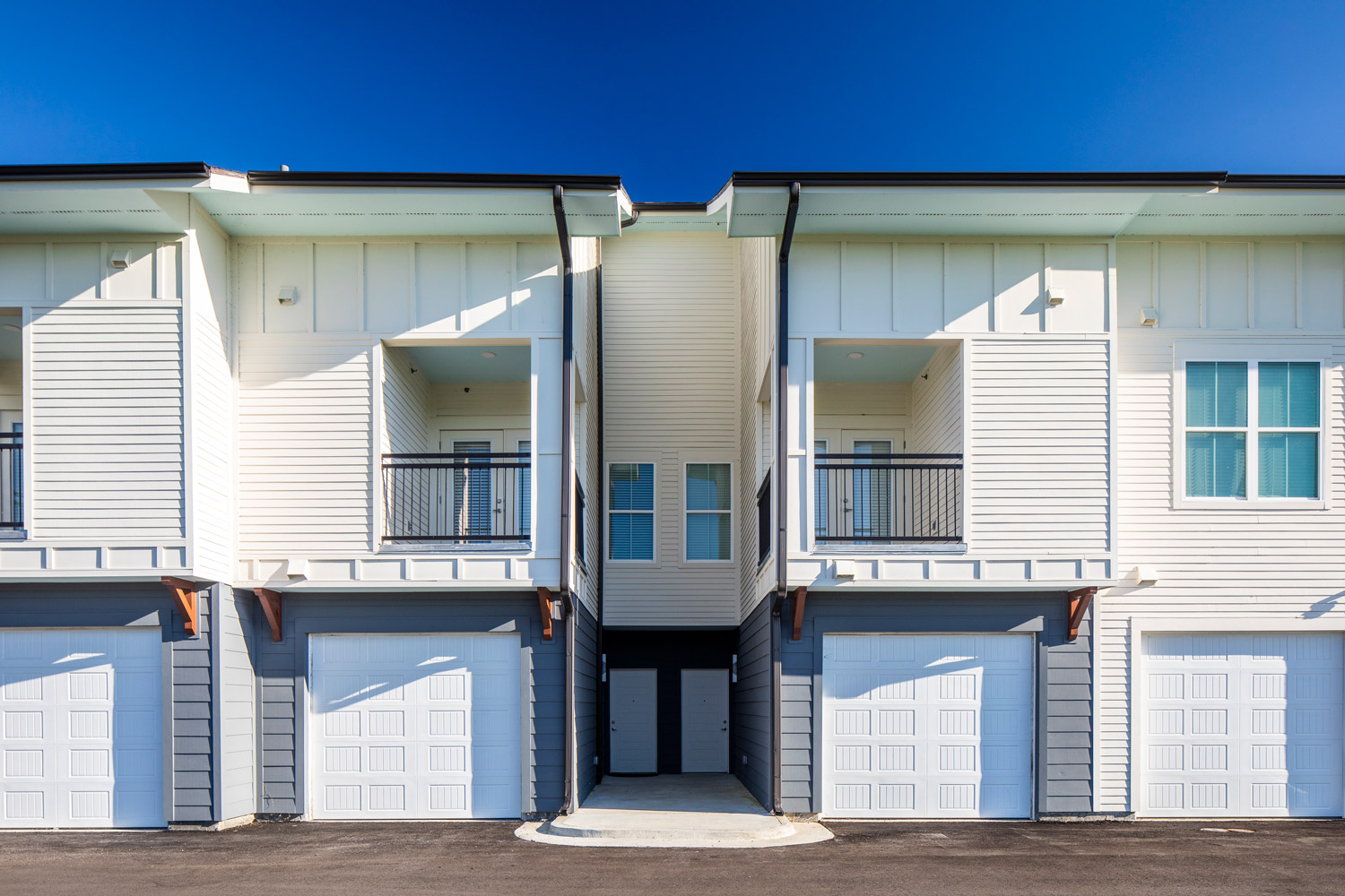 Townhomes with Garages at Sawgrass Point in Gonzales, Louisiana