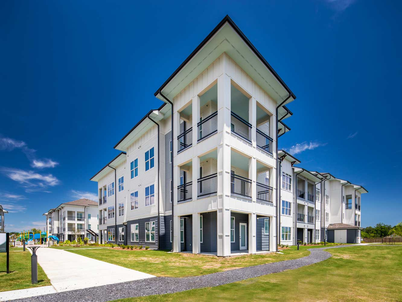 Apartments with Balcony at Sawgrass Point in Gonzales, Louisiana