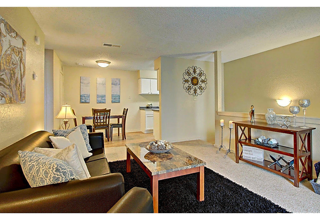 Furnished Apartments Available at Sawmill Apartments in Tulsa, Oklahoma