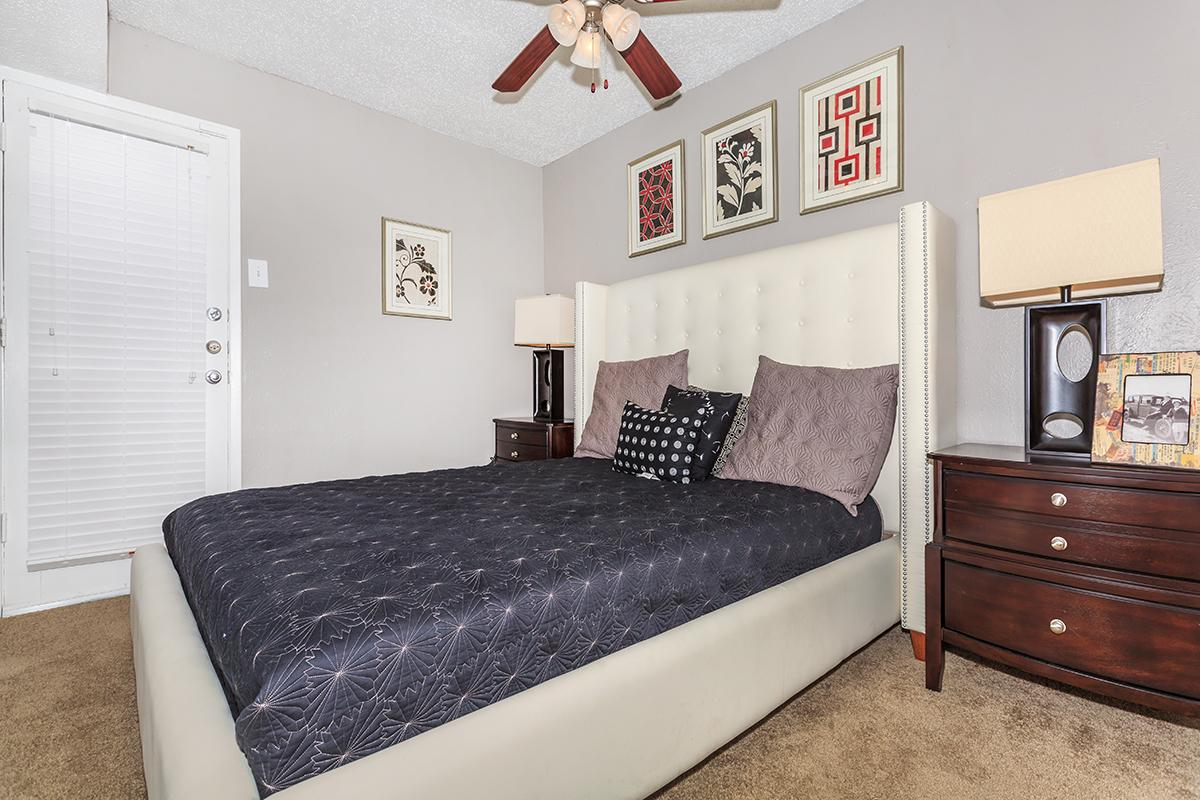 One Bedroom Apartments at Sedona Ridge Apartments in Dallas, TX