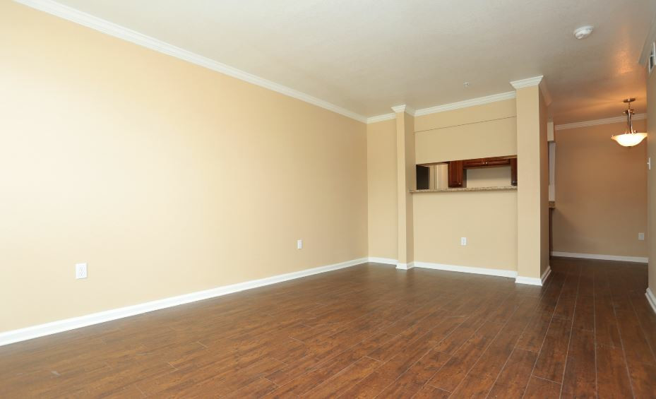 Hardwood Flooring at Sienna Villas Apartment Homes in Freeport, TX