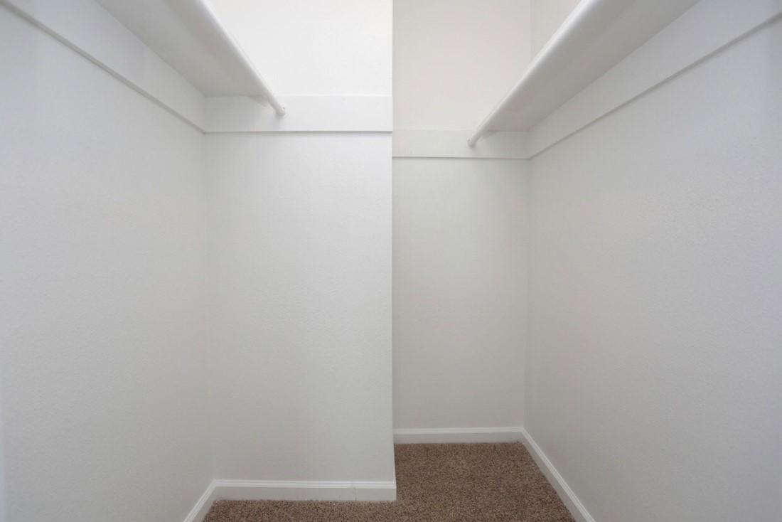 Walk-in Closet at Sienna Villas Apartment Homes in Freeport, TX