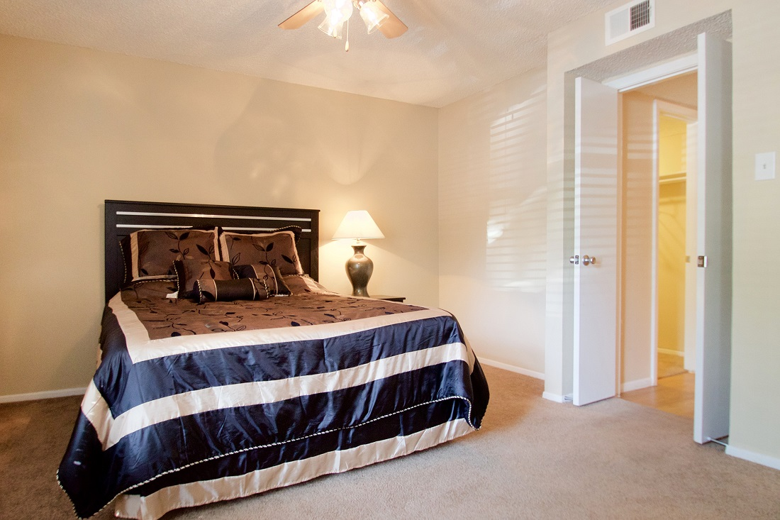 2-Bedroom Apartment for Rent at Songbird Apartments in San Antonio, Texas