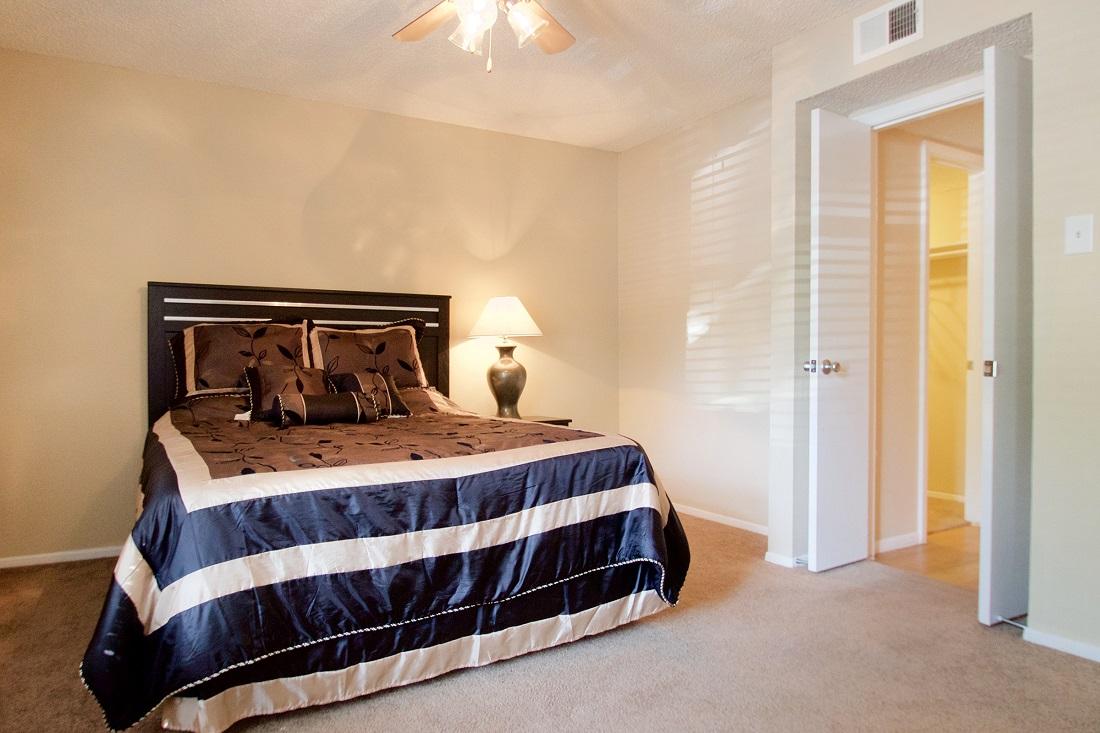 2-Bedroom Apartment for Rent at Songbird Apartments in San Antonio, Texas