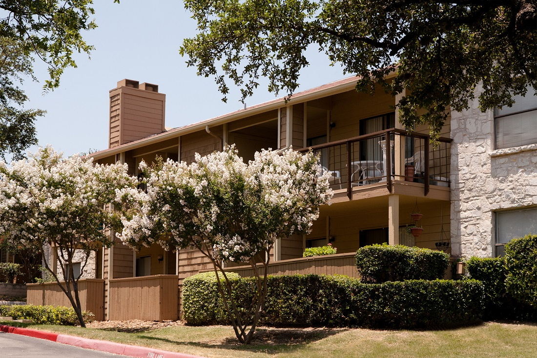 1-Bedroom Apartments at Songbird Apartments in San Antonio, Texas