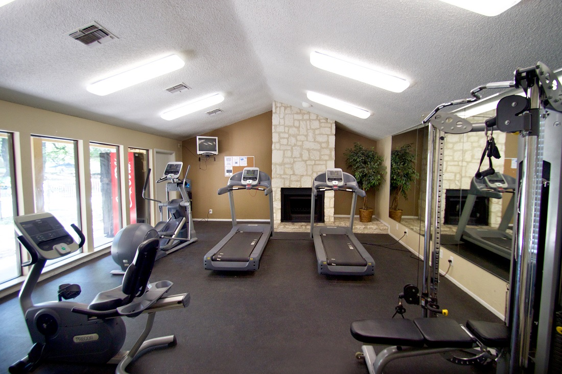 Fully Equipped Fitness Center at Songbird Apartments in San Antonio, Texas
