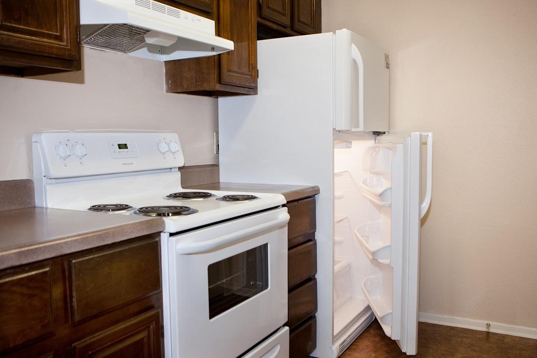 Laminate Kitchen Countertops at Songbird Apartments in San Antonio, Texas