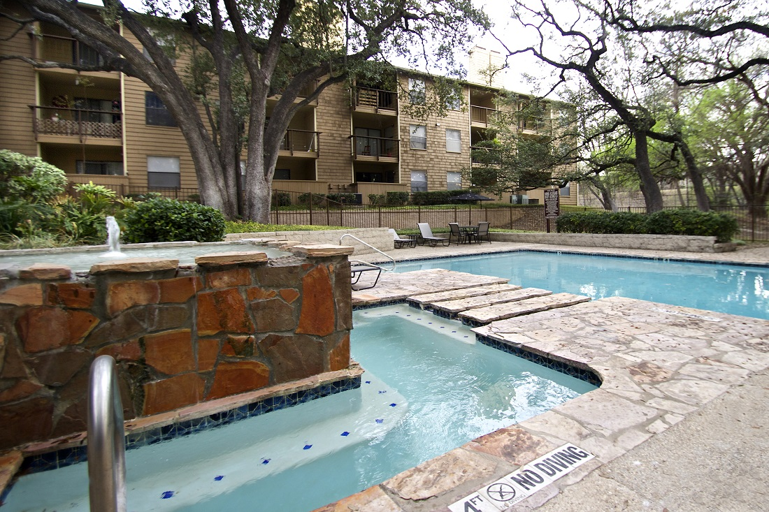 Sparkling Swimming Pool at Songbird Apartments in San Antonio, Texas
