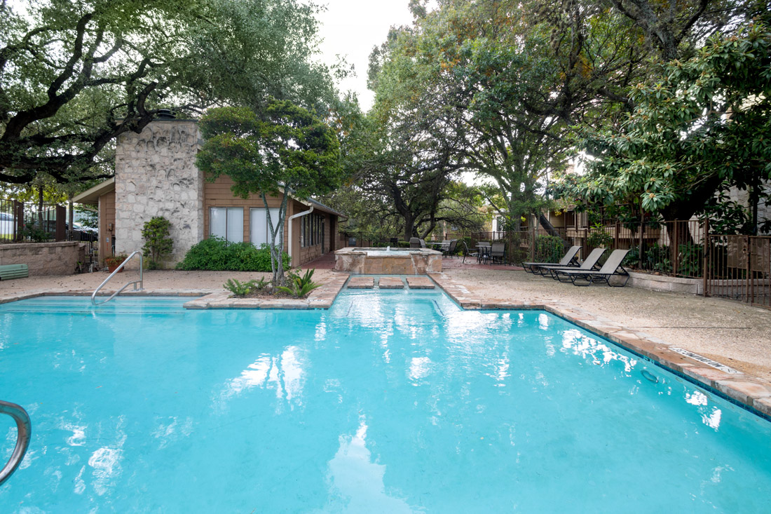 Outdoor Swimming Pool at Songbird Apartments in San Antonio, Texas