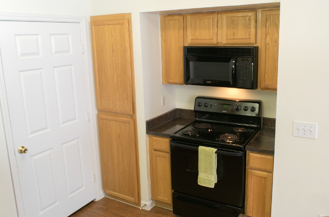 Kitchen at The Oxford at Sonterra Apartments in San Antonio, TX