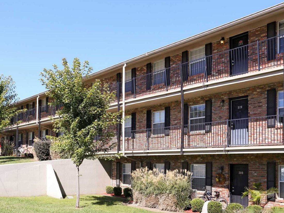 Resident Balconies at South Creekside Apartments in Fayetteville, AR