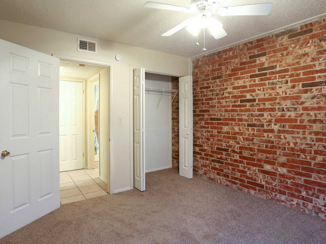 Brick Interior Wall at South Creekside Apartments in Fayetteville, AR