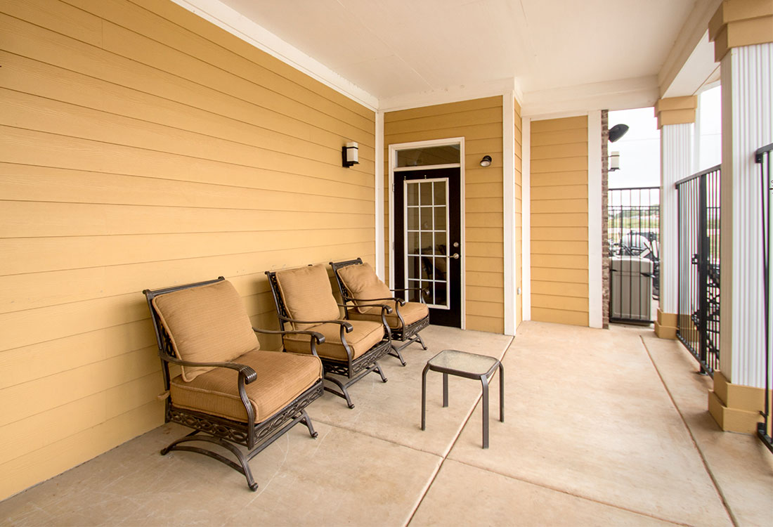 Lounge Furniture at The Reserves at South Plains Apartments in Lubbock, Texas