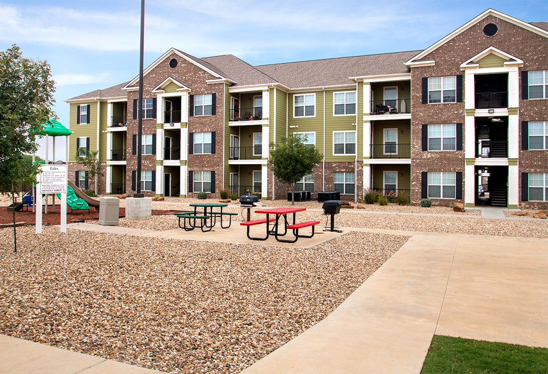 Picnic Areas at The Reserves at South Plains Apartments in Lubbock, Texas