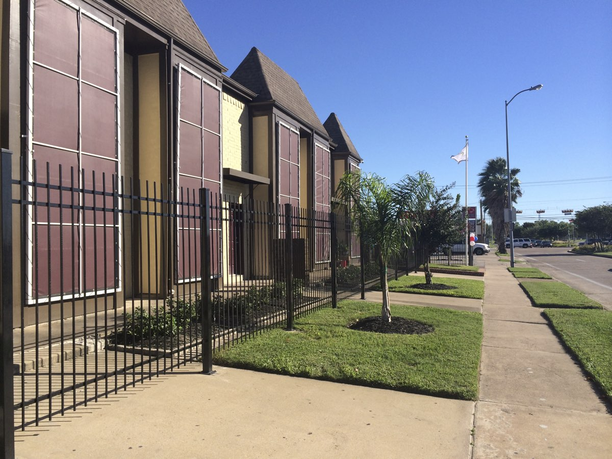 Gated Community at Spring Brook Lofts Apartments in Houston, Texas
