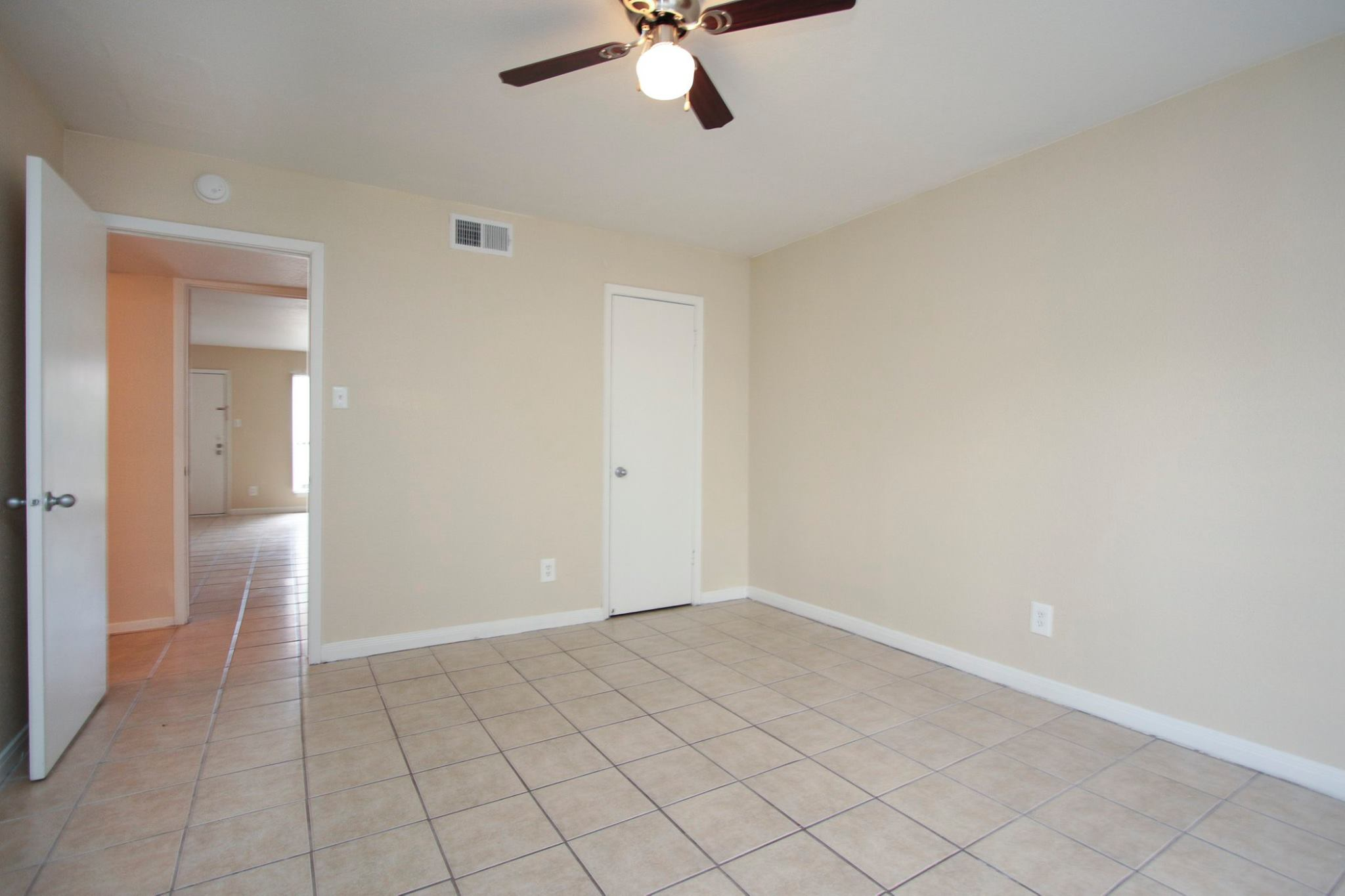 Tiled Flooring at Spring Brook Lofts Apartments in Houston, Texas