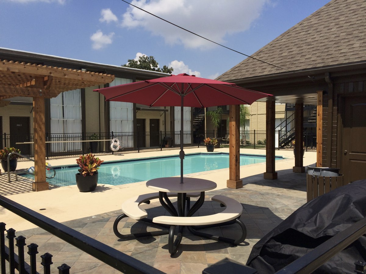 Resort-Style Pool at Spring Brook Lofts Apartments in Houston, Texas