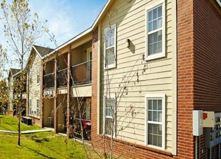2BR Apartment for Rent on 1072 S. Sports Fan Drive,  Fayetteville