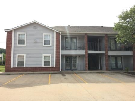 Exterior View at The Quarters on Razorback Road Apartments in Fayetteville, AR