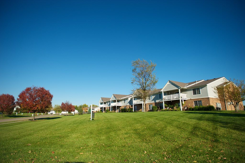 Expansive Green Spaces at Stone Bridge Apartments in Mason, Ohio