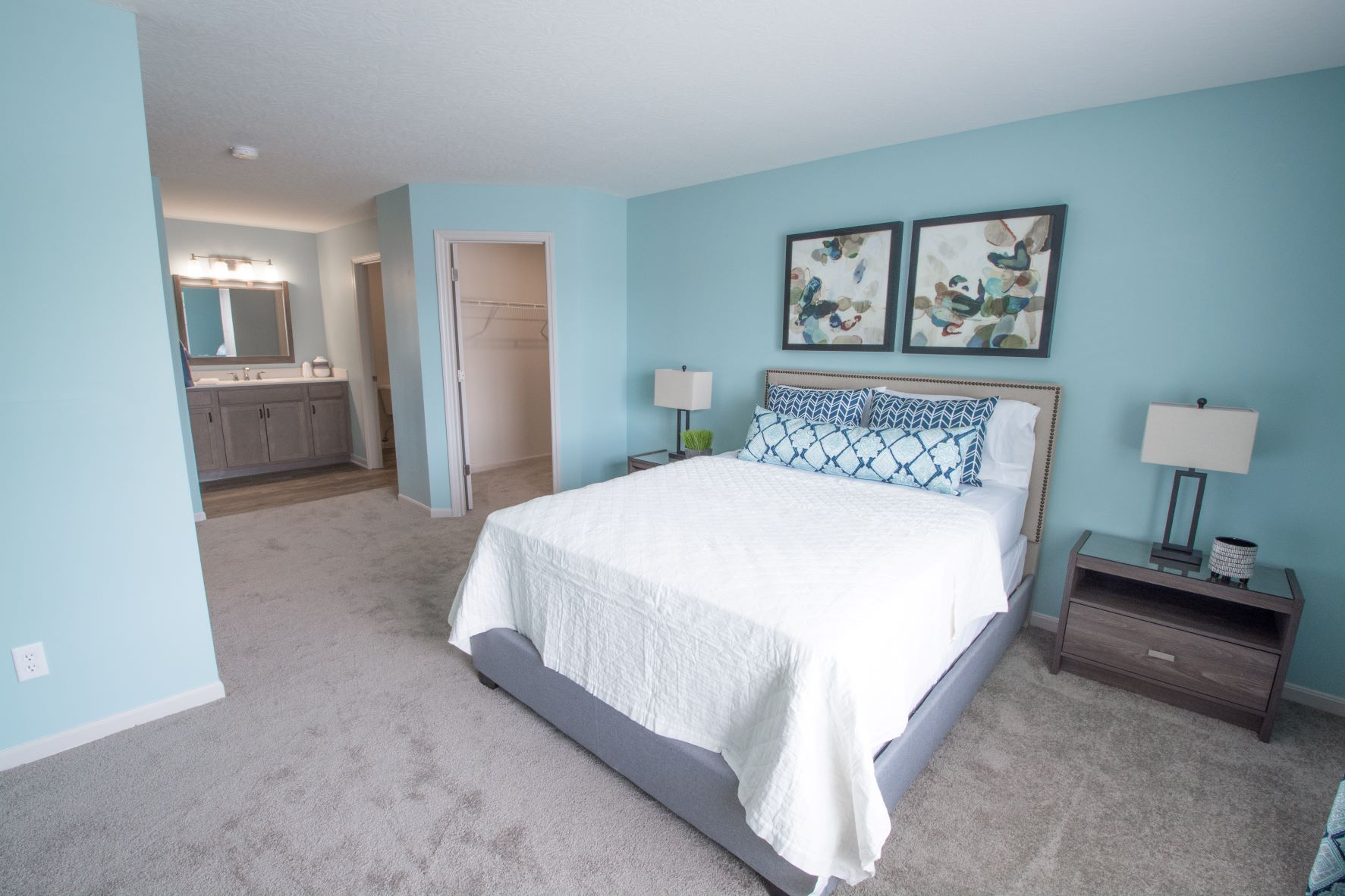 One and Two Bedroom Apartments at Stone Bridge Apartments in Mason, Ohio
