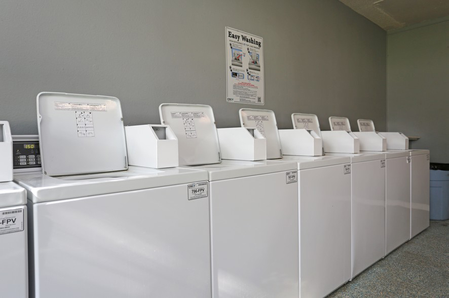 Laundry Machines at the Stonebrook Village Apartments in Frisco, TX