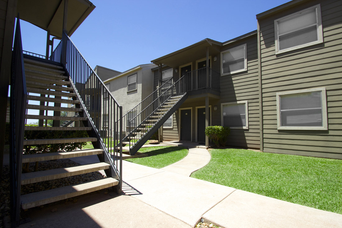 1 & 2 Bedroom Apartments for Rent in North Abilene at Stonegate Apartments.